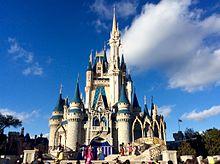 YouTube 【本場フロリダディズニーワールド】昼のパレード。日本とはちょっと趣向が違う【Florida Disney World】