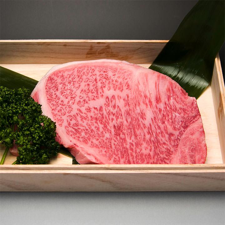 【霜降り和牛】石垣牛の品質は松阪牛レベル!