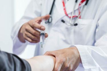 コロナワクチンアメリカでは来週から供給開始のようですが日本の接種/海外旅行は?